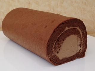 チョコ・ロールケーキ
